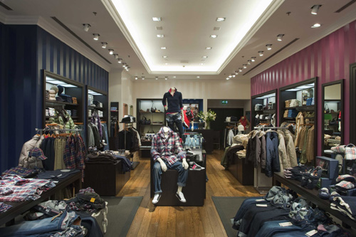 Tommy Hilfiger Clothing Store in Cornate D'Adda